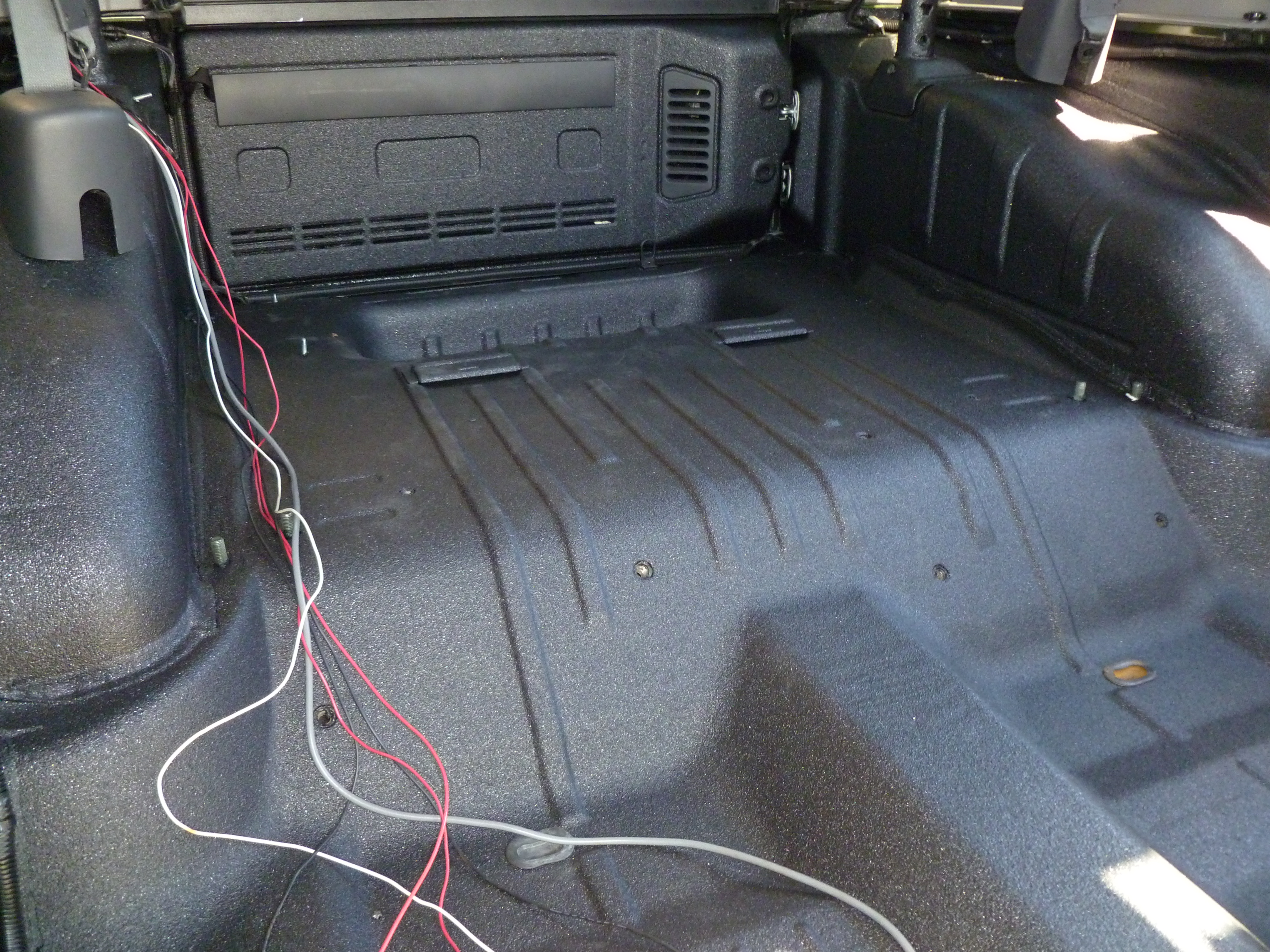 line x of silicon valley protects jeep interior tub